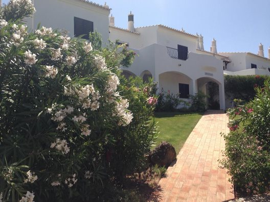 Apartamentos Alto Golf And Country Club
