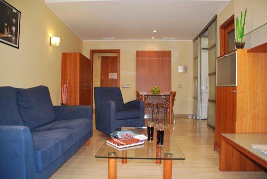 Apartamentos Arago565