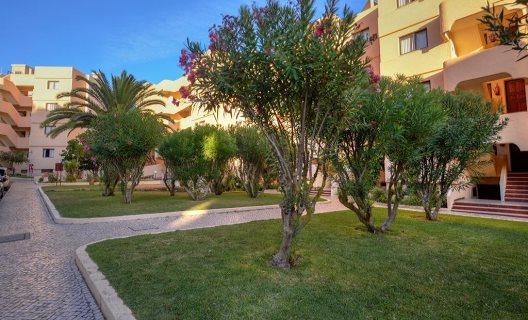 Apartamentos Falesia Garden Beach Resort
