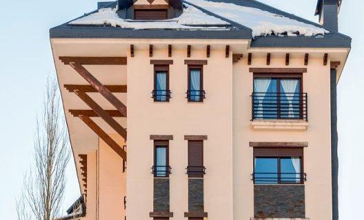 Apartamentos Habitat Premier Zona Media