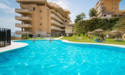 Apartamentos Holidays2fuengirola Carvajal