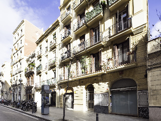 Apartamentos Home Around Gracia