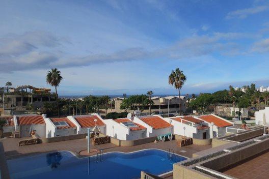 Apartamentos Island Village