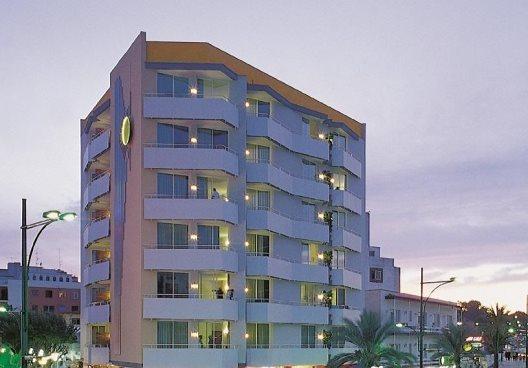 Apartamentos Lloret Sun