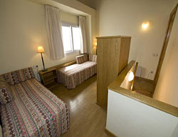 Apartamentos Pessets Adelaida