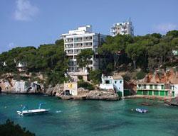 Apartamentos Pinos Playa