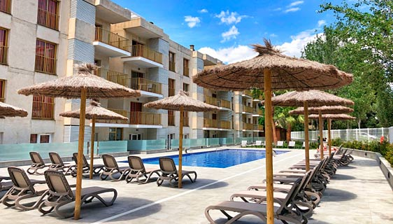 Apartamentos Pins Marina
