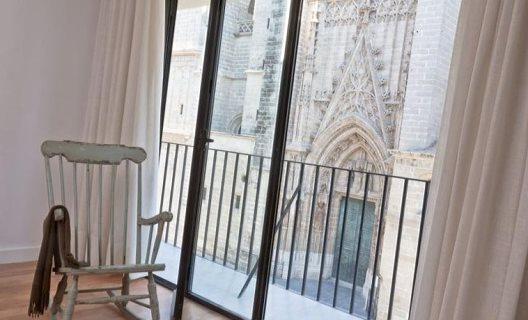 Apartamentos puerta catedral suites sevilla sevilla for Puerta catedral suites