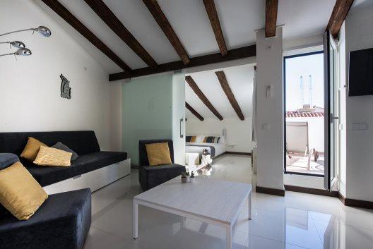 Apartamentos Roisa Suites