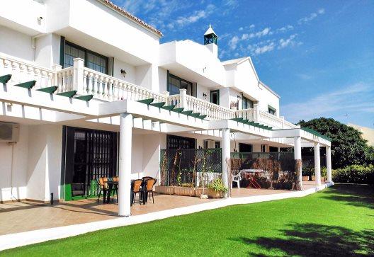 Apartamentos Roquetas Beach & Playa Serena Golf Village