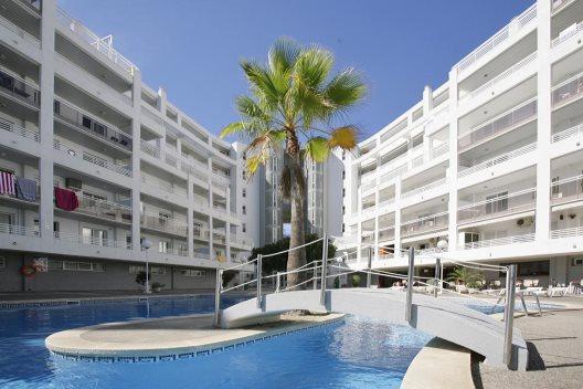 Apartamentos Royal