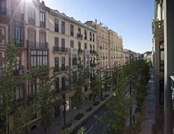 Apartamentos Suites Gran Via 44