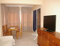 Apartamentos Torre Levante
