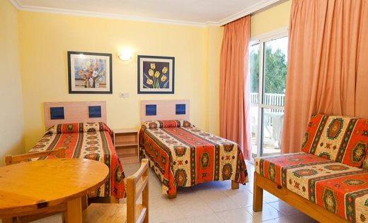 Aparthotel club monterrey san antonio ibiza for Aparthotel corse