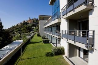 Aparthotel Eza Vista