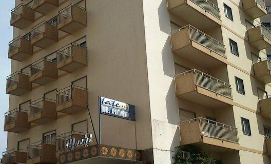 Aparthotel Iate