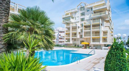 Aparthotel Ona Suites