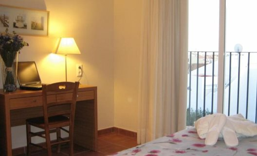 Aparthotel puertomar pe iscola castell n for Appart hotel 93