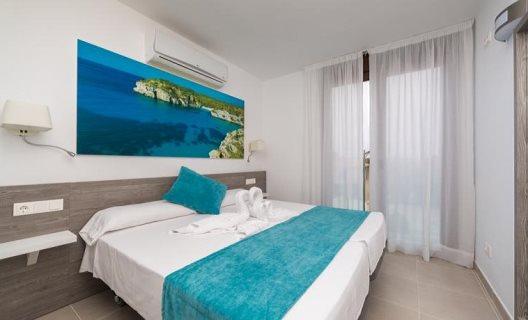 Aparthotel skyline menorca ciudadela menorca for Appart hotel 93