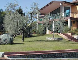 Aparthotel Villa Cesi