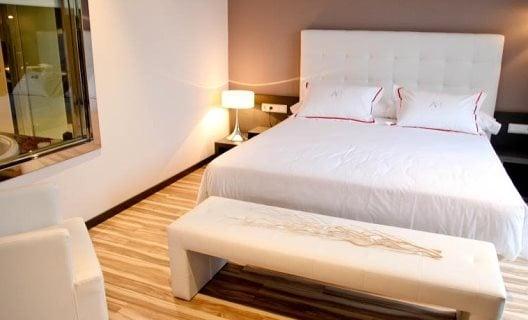Ofertas Hotel Eurostars Arenas De Pinto + Bilhetes de 2 dias para a Warner Madrid