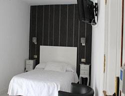 Hostal Apartamentos Abril