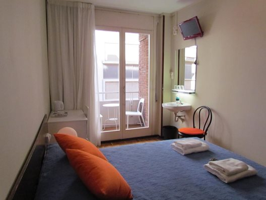 Hostal Barcelona City Seven
