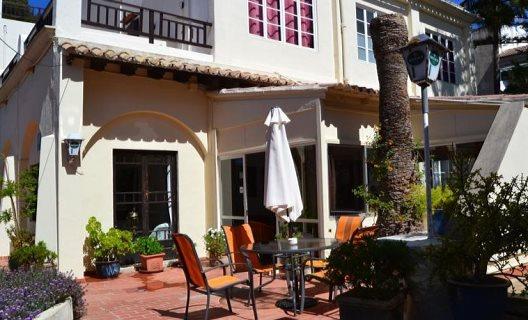 Hostal La Mimosa Guesthouse B&b