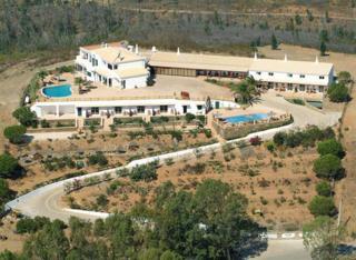 Hostal Monte Da Bravura