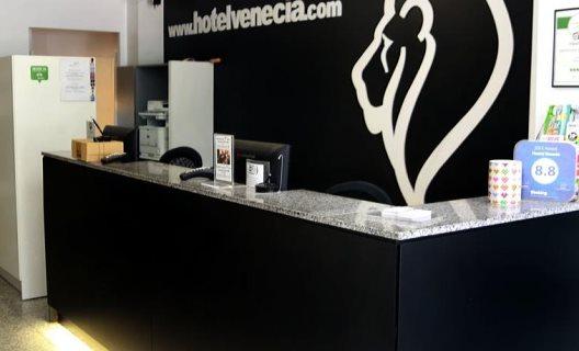 hostal venecia valencia: