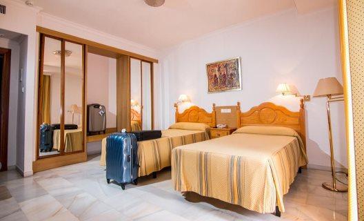 Hotel Abades Loja