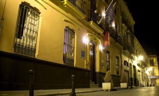 Hotel Abril