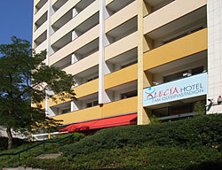 Hotel Alecsa Am Olympiastadion