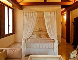 Hotel Ayala Berganza
