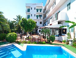 Hotel Azuline Galfi
