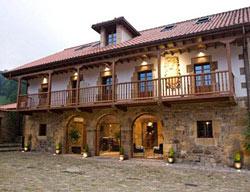 Hotel Casona De Llerana