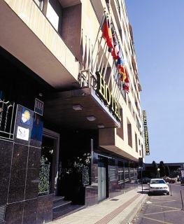 Hotel Castellano III