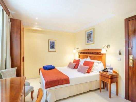 Hotel ciudad jard n palma de mallorca mallorca for Hostal ciudad jardin