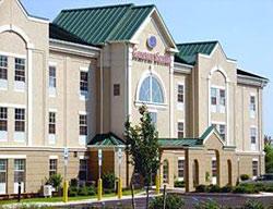Hotel Comfort Suites East Brunswick