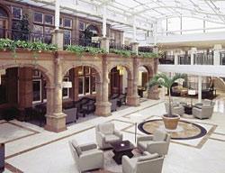 Hotel Crown Moran