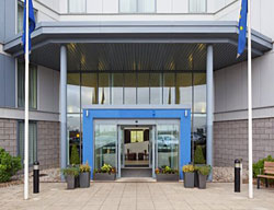Hotel Express By Holiday Inn Stansted Airport