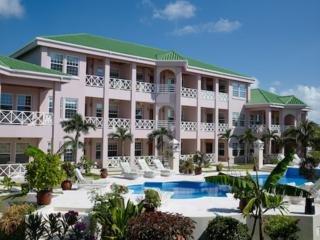 Hotel Grand Colony Villas