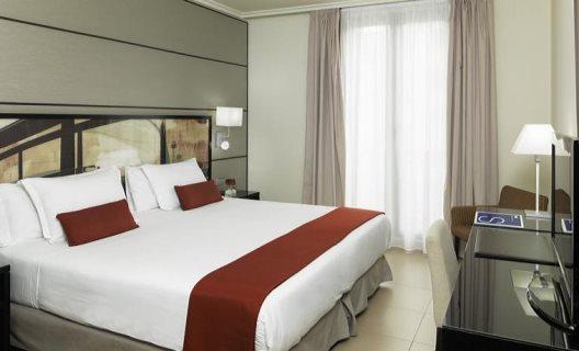 Hotel H10 Universitat