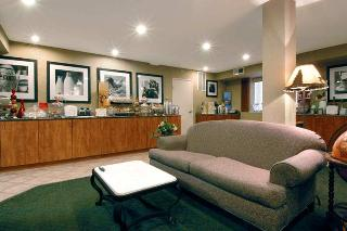 hotel hampton inn portland clackamas clackamas. Black Bedroom Furniture Sets. Home Design Ideas