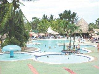 hotel playa el agua: