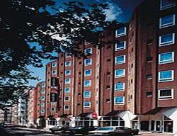 Hotel Ibis Frankfurt Friedensbrucke