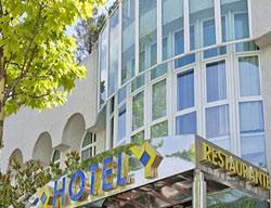Hotel Jardin De Tres Cantos
