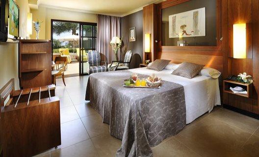 Hotel jardines de nivaria playa de las am ricas tenerife for Hotel jardines de nivaria