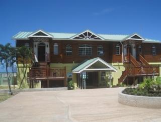 Hotel Kalinago Beach Resort
