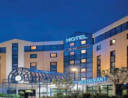 Hotel Kyriad Prestige Roissy